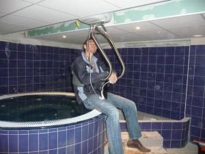 elevateur-PMR-piscine-SPA-300x225