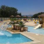 équipement piscines jeux aquatiques structure polyester standards ou sur mesure pour aires de jeux aquatiques