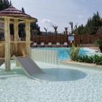 équipement parcs aquatiques - Cabane structure polyester standards ou sur mesure pour aires de jeux aquatiques